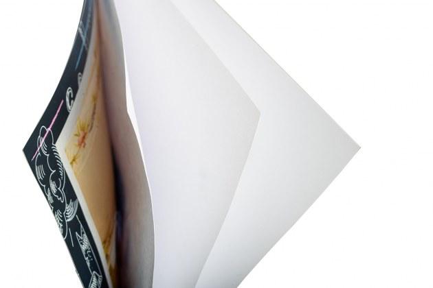 Плотность бумаги: 200 г/м.кв